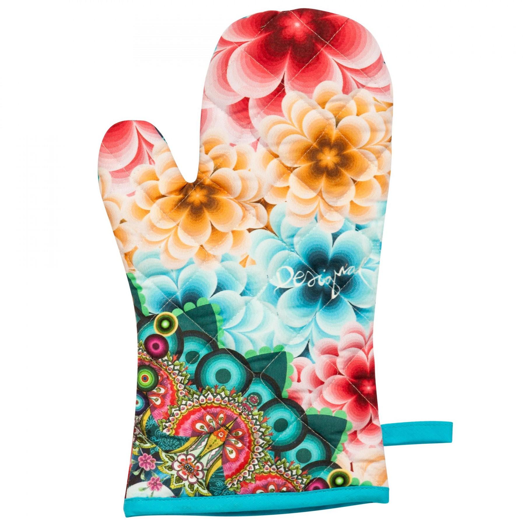 Kuchyňská rukavice chňapka Desigual v ceně do 400Kč a3d66a40e7a