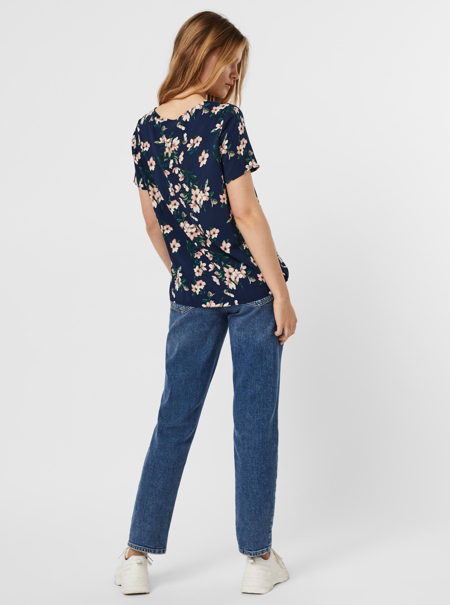 Vero Moda modrá halenka Easy s květinovým motivem