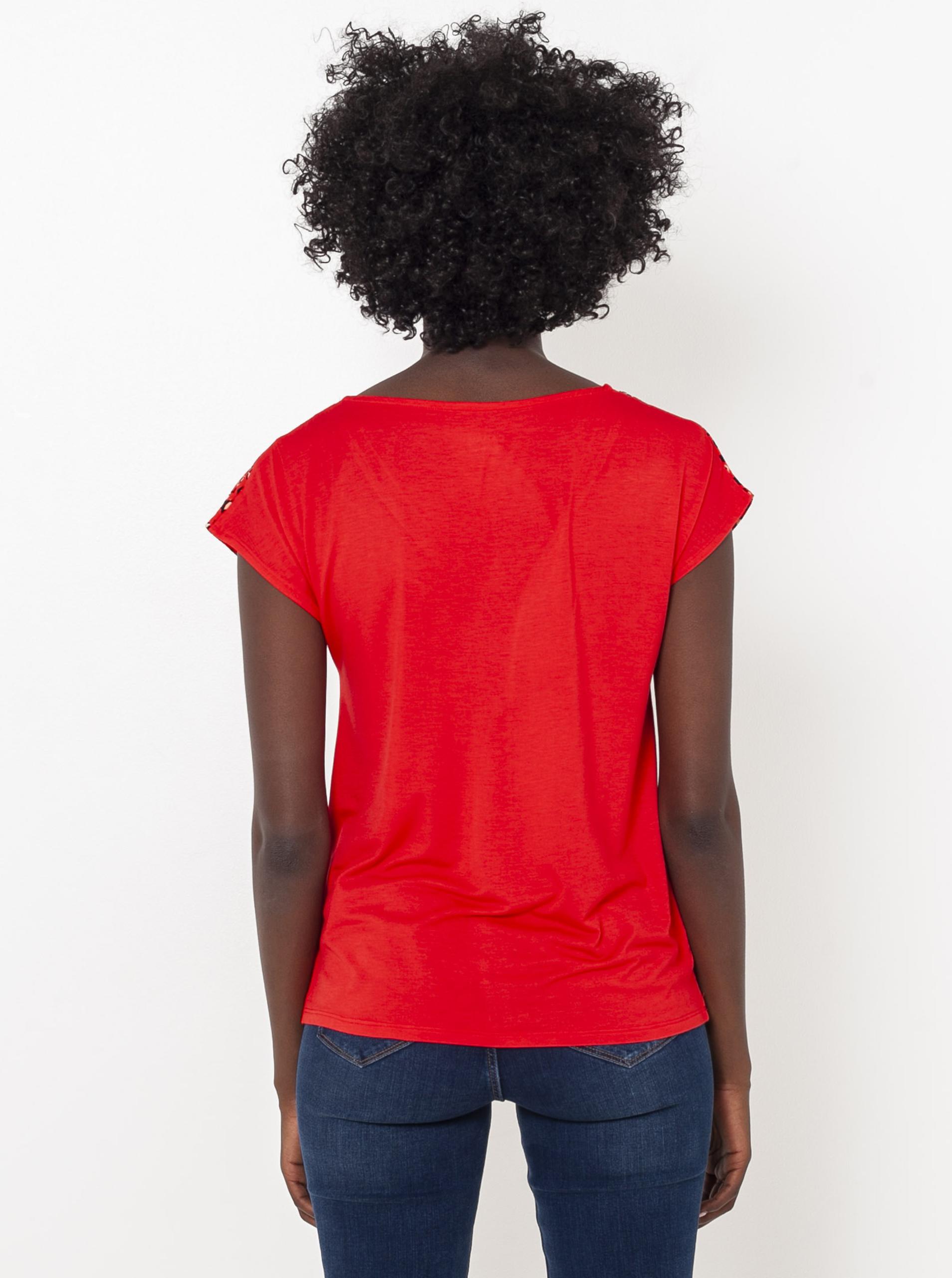 CAMAIEU červené tričko se vzorem