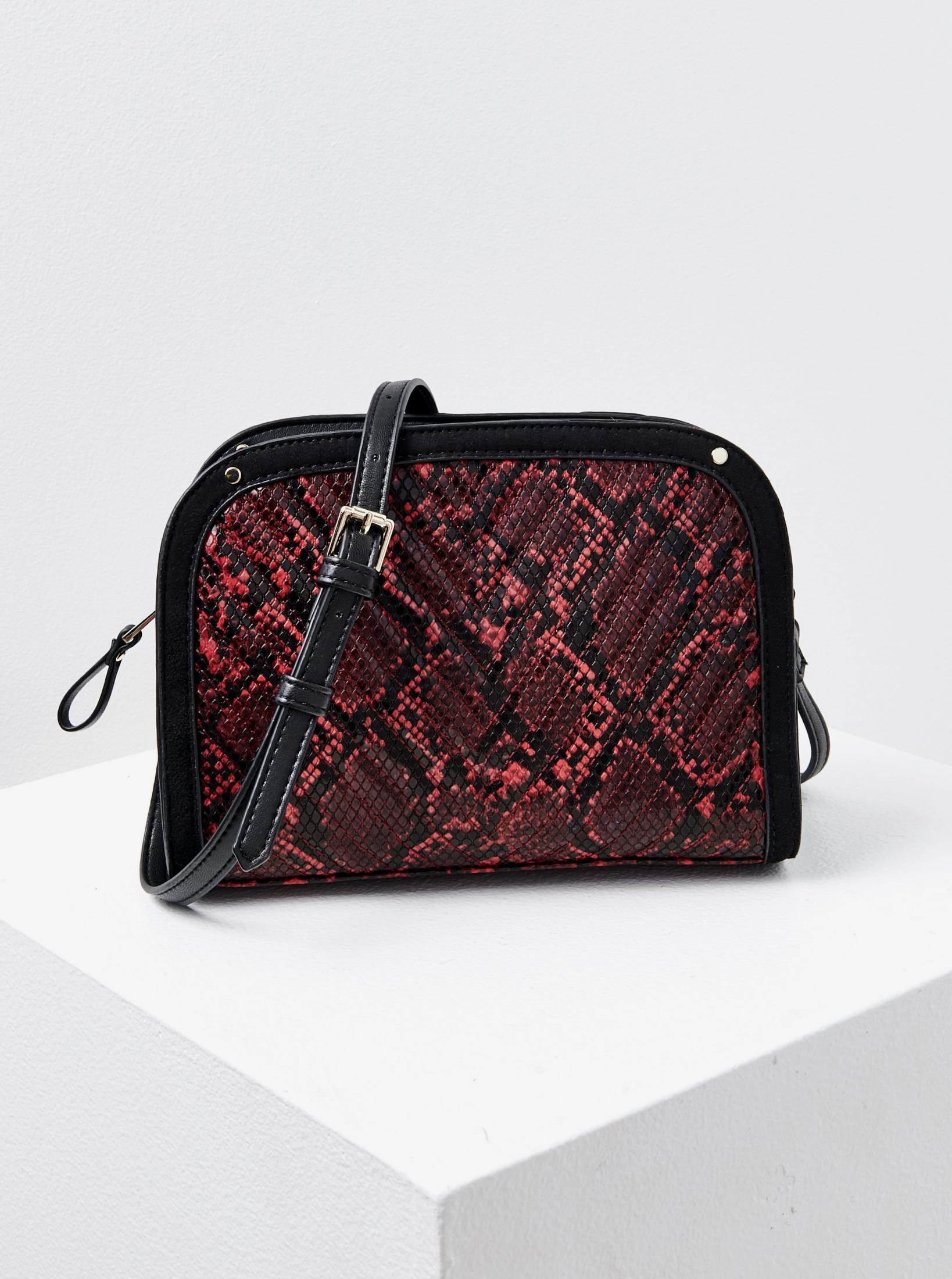 Černo-červená crossbody kabelka s hadím vzorem CAMAIEU