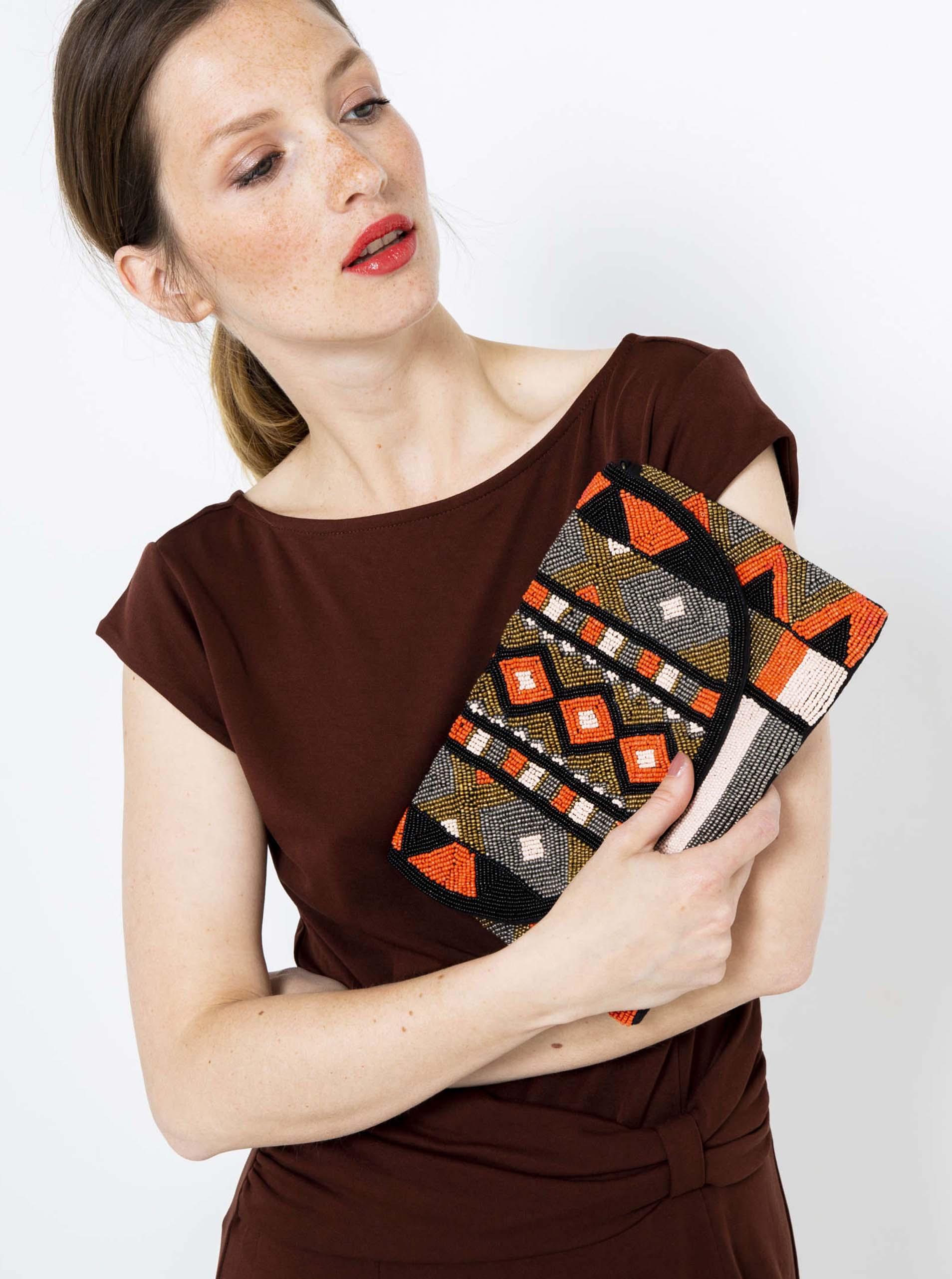 Šedo-oranžová vzorovaná crossbody kabelka s korálky CAMAIEU