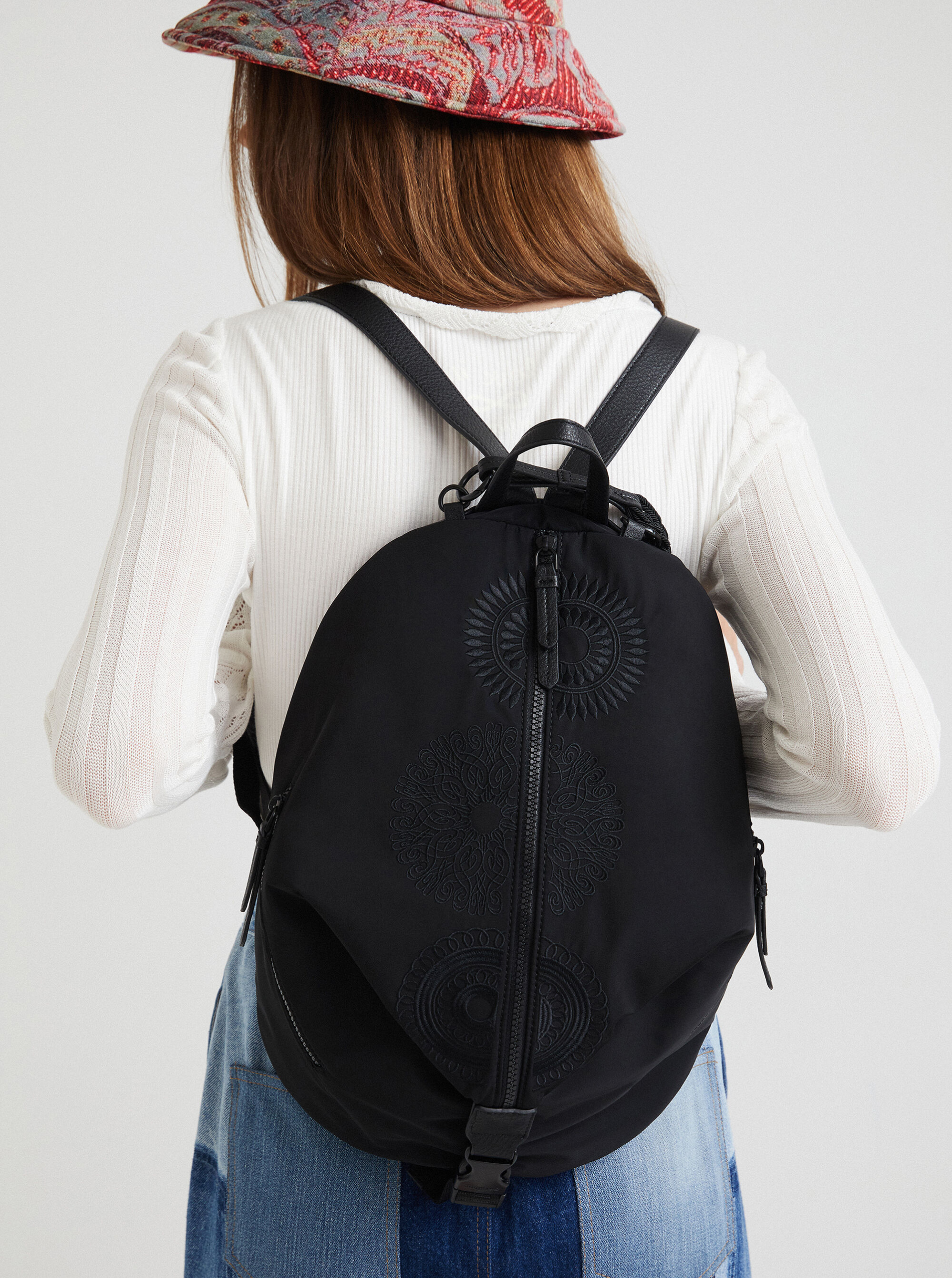 Desigual černé batoh Mandarala Viana