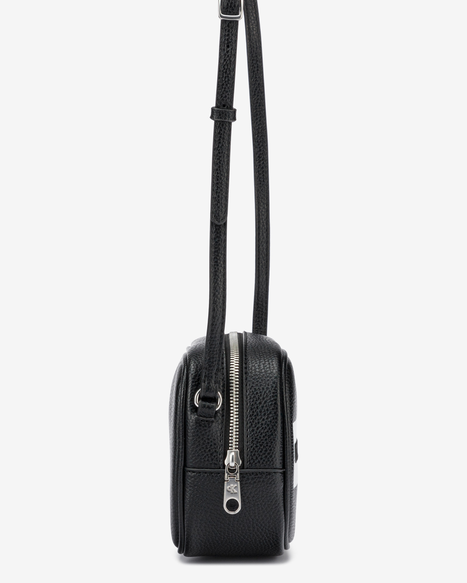 Calvin Klein černé crossbody kabelka Camera