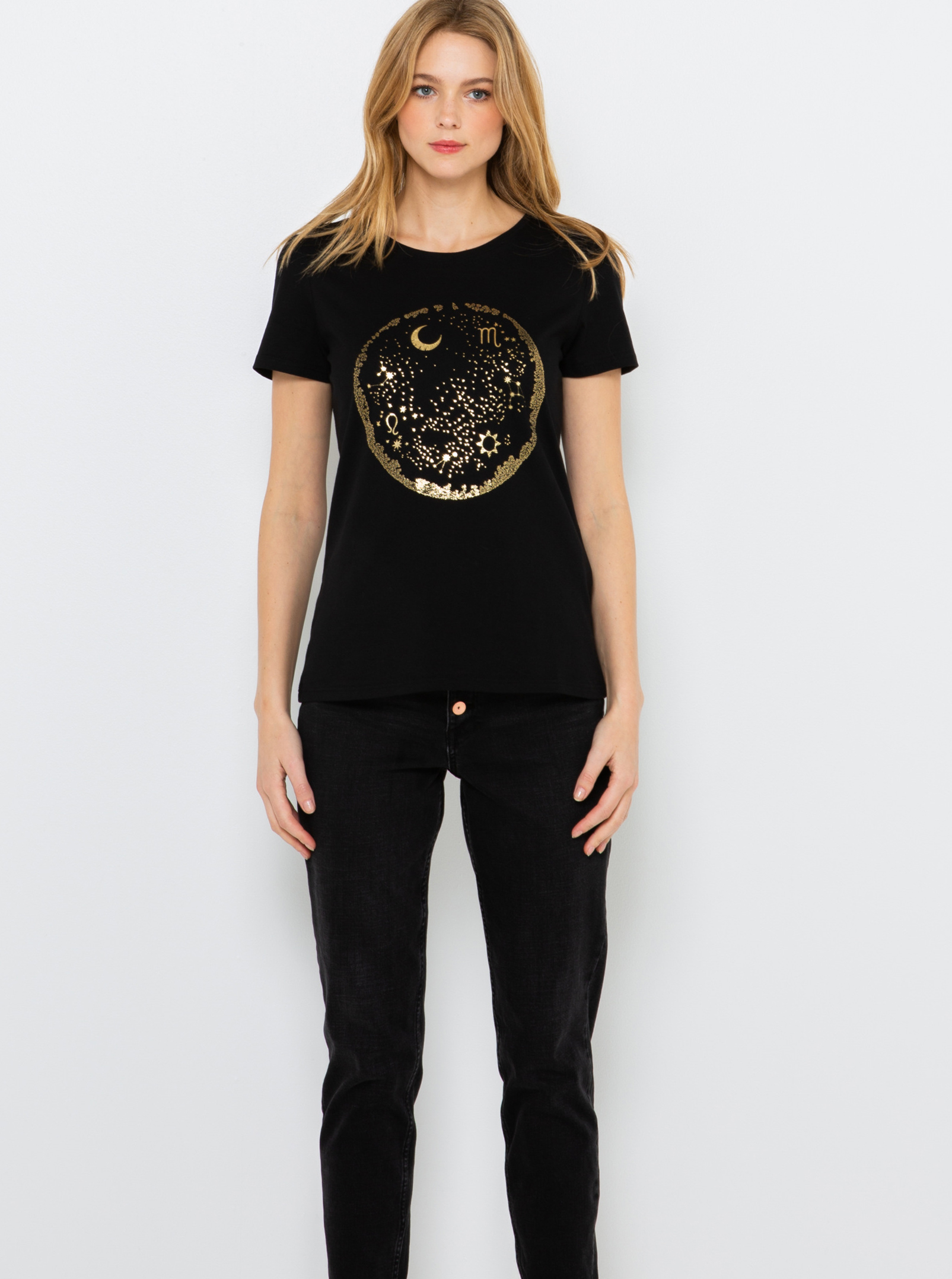 Černé tričko s potiskem CAMAIEU
