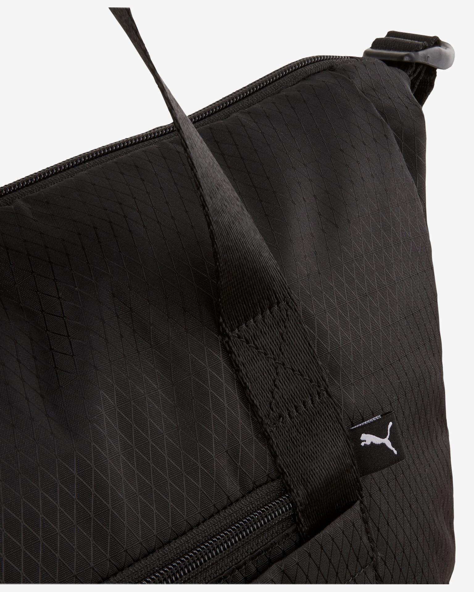Core Base Duffle Sportovní taška Puma