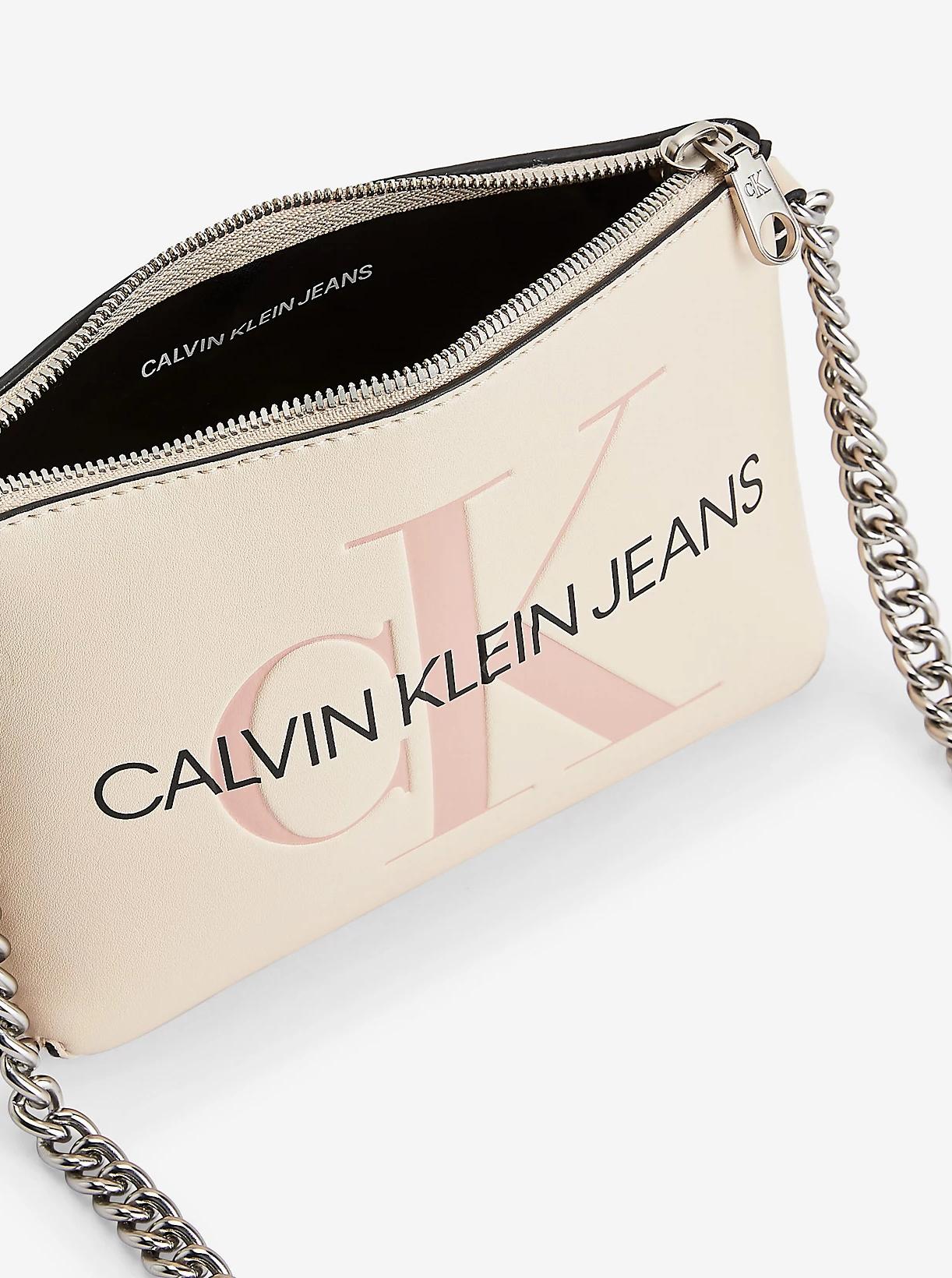 Calvin Klein krémová crossbody kabelka