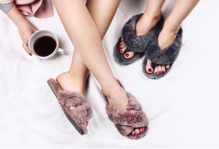 Emu kožešinové pantofle - trend, kterému neodoláte