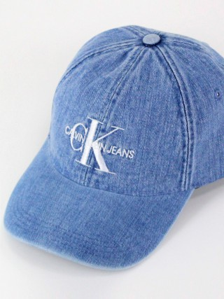 Calvin Klein modrá denimová kšiltovka Monogram Denim Cap Light Wash Denim