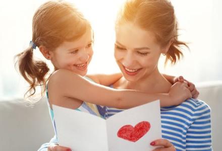 Den matek se blíží - vyberte ten nejkrásnější dárek