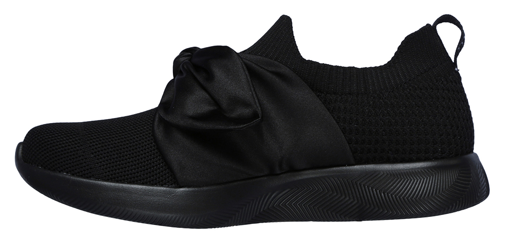 Skechers černé slip on Bobs Squad 2 Bow Beauty