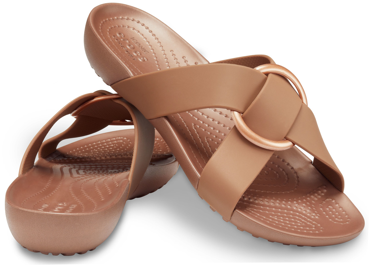 Crocs hnědé pantofle Serena Cross Band Slide
