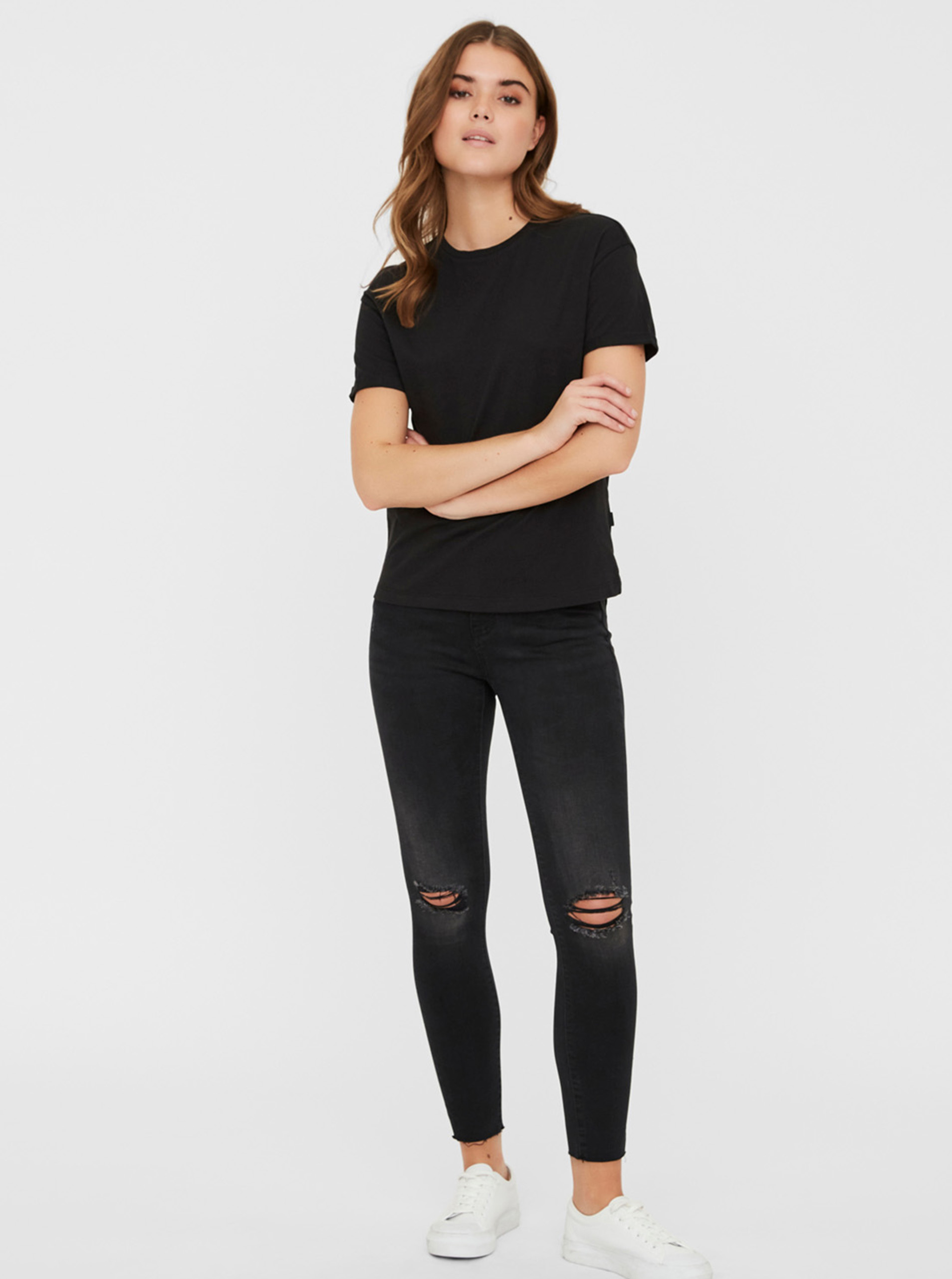 Černé basic tričko Noisy May Brandy
