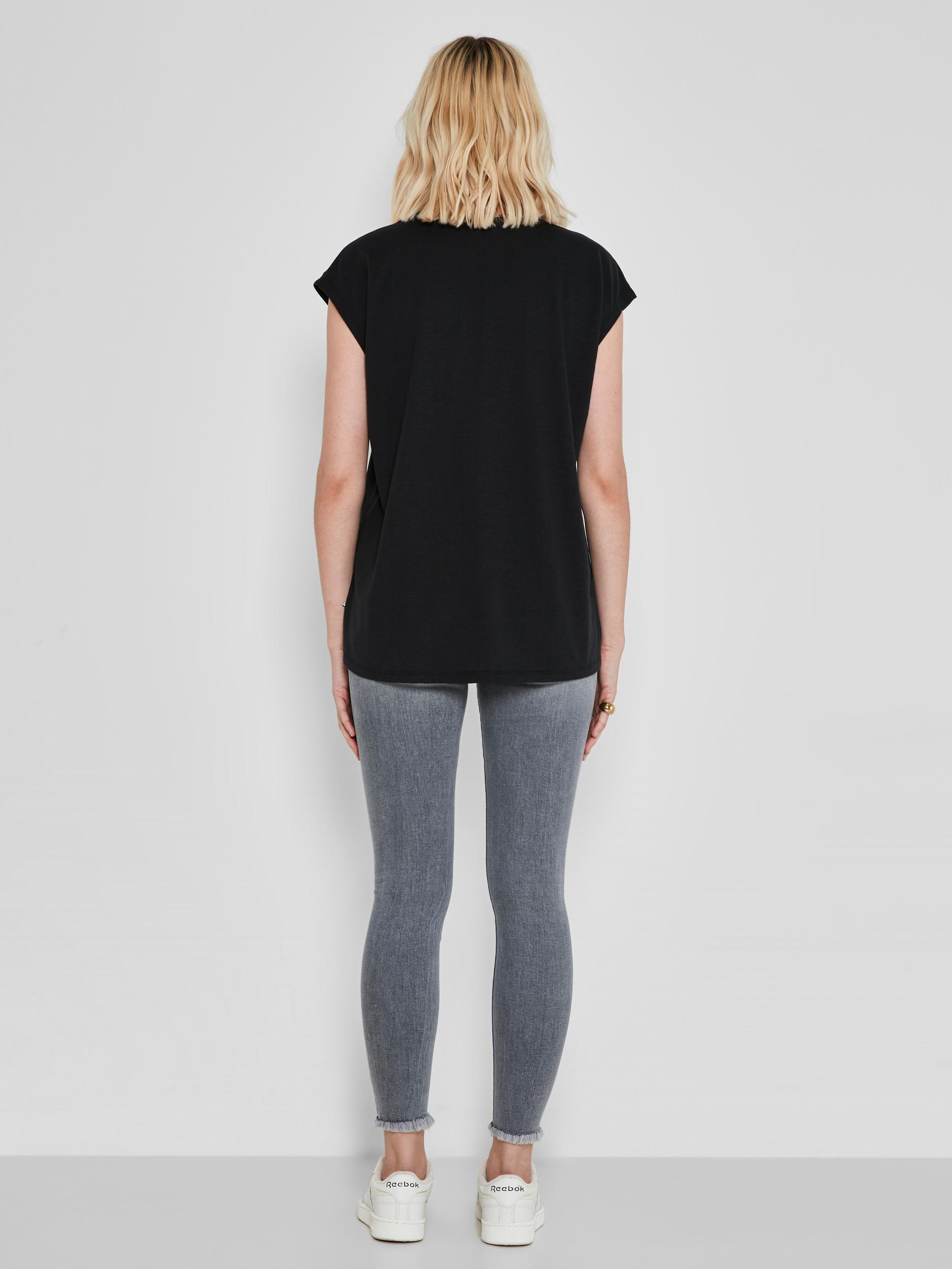 Černé basic tričko Noisy May Mathilde