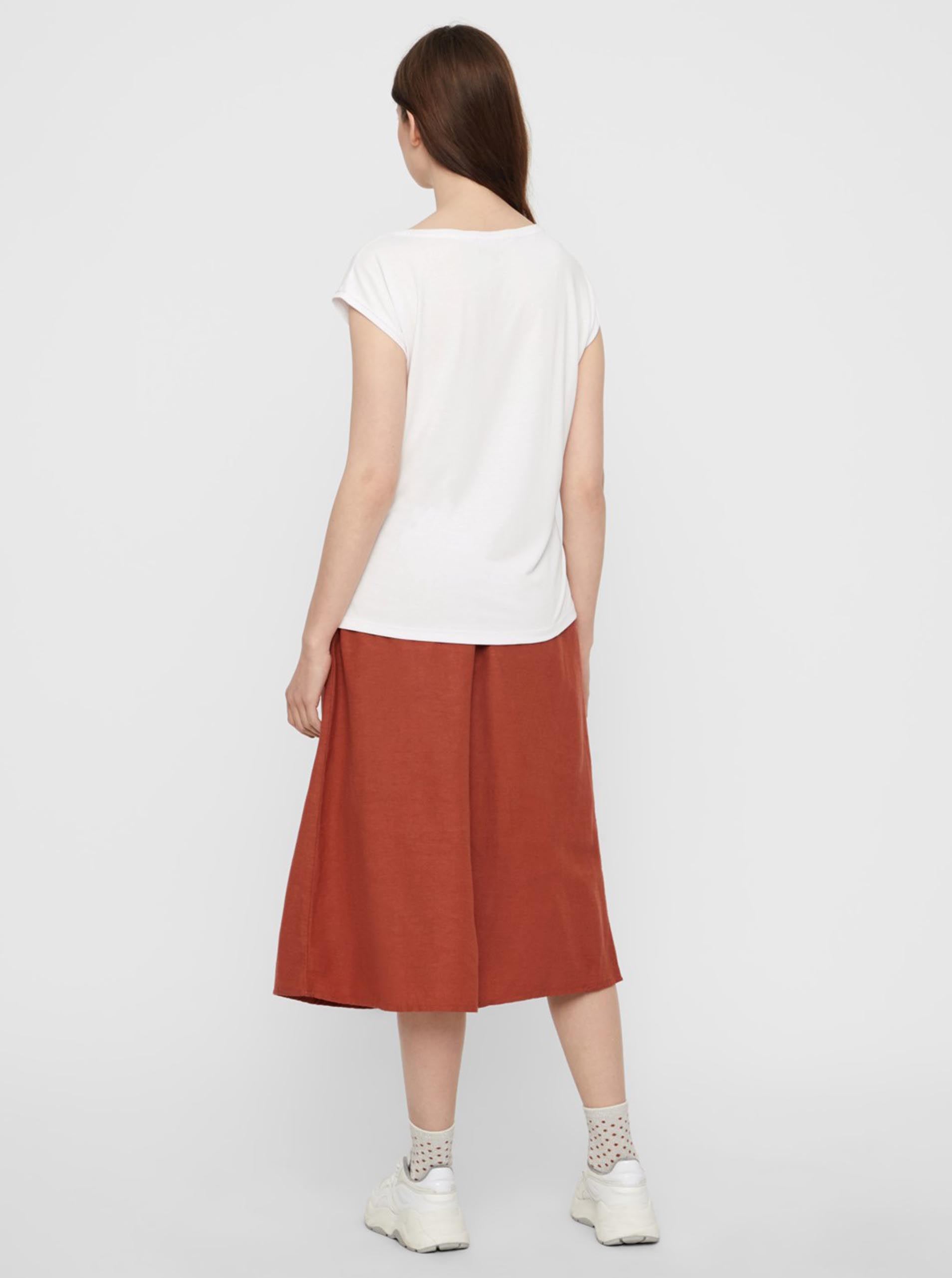 Bílé basic tričko Pieces Kamala