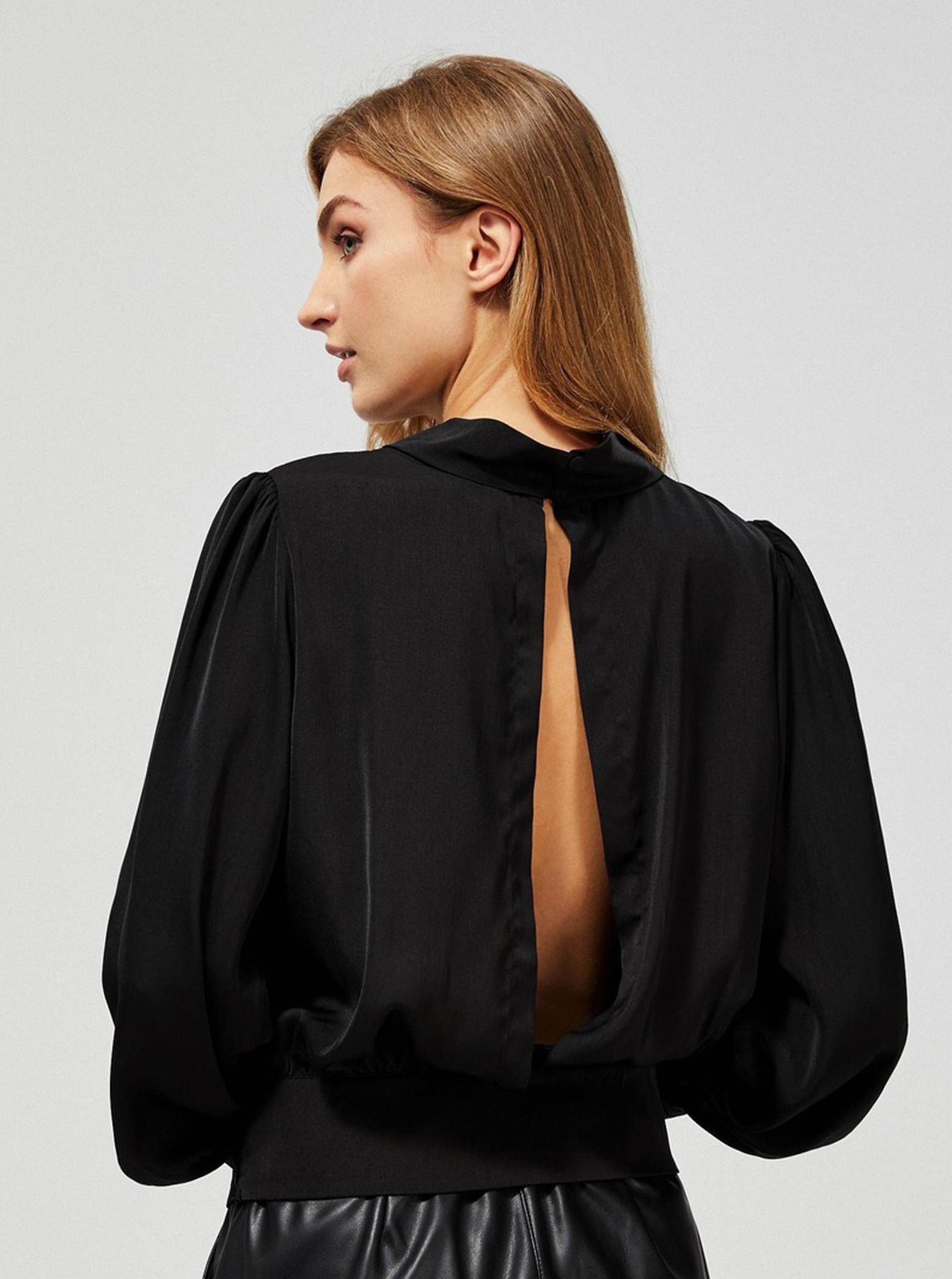 Moodo černý top s průstřihem na zádech