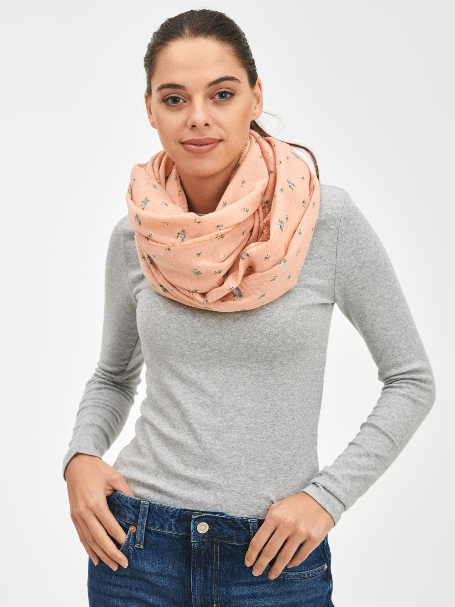 GAP růžový šátek Oblong - ONE SIZE